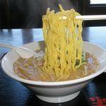 半田屋 - 麺