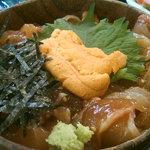すし処さき田 - 日替わり海鮮丼ランチ(海鮮丼)