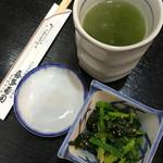 喜多寿司 - 料理写真:上がりとほうれん草の胡麻和え