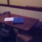 旨いもん屋 ごち - テーブル席は4名✖2