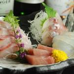 美味い魚の刺し盛り