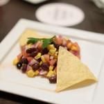 CASUAL STEAK HOUSE RIB - ブラックビーンズとコーンのチョップドサラダ