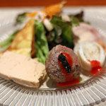 エノテカ・オルモ・デル・カウカソ - 料理写真:前菜