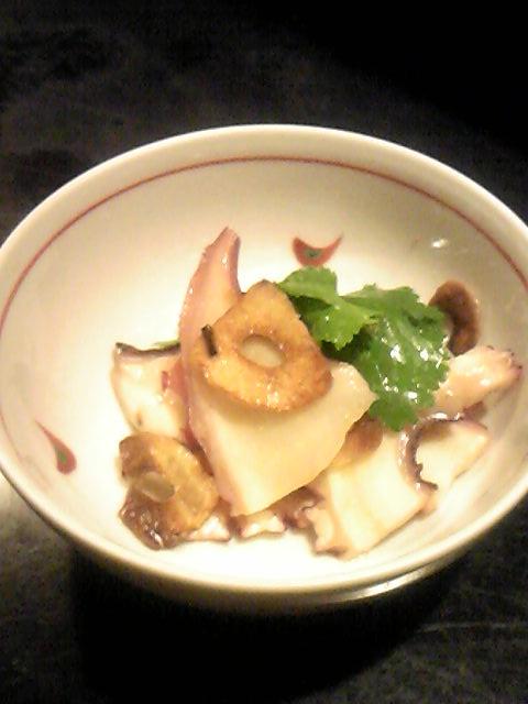 華 - お通し(蛸の大蒜ソース)
