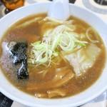 寺カフェ 中華そば水加美 - <参考>ワンタンメン(魚介・平打麺)