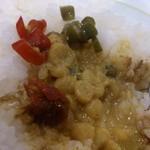 ミンガラバー - ・ナンプラーは赤唐辛子、お酢は青唐辛子