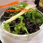 台湾佐記麺線&台湾バル888 - 台湾キクラゲのにんにくソース和え