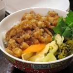 台湾佐記麺線&台湾バル888 - 魯肉飯