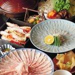 わらびの里 - 国産豚しゃぶ食べ放題と「ふぐ刺し」「たらば蟹」コース
