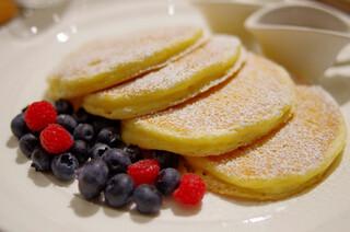 サラベス ルミネ新宿店 - レモンリコッタパンケーキ