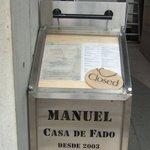 マヌエル・カーザ・デ・ファド - 外用メニュー台です。