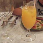 マヌエル・カーザ・デ・ファド - オレンジジュースです。