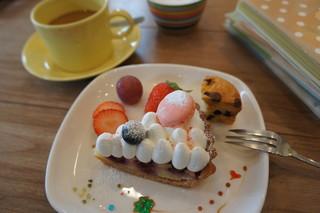 ガレット カフェ - ケーキ