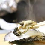 中村さんの絶品蒸し牡蠣