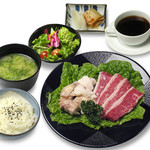 籠屋 八兵衛 - ランチ ダブル定食