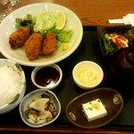 居食屋「和み亭」 - カキフライ定食