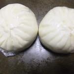 63411426 - 五目肉まん(430円×2)