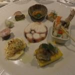 ヴォーロ・コズィ - ヴェネチア風魚介の前菜の盛り合せ