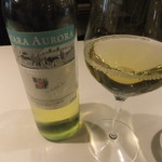 ヴォーロ・コズィ - グラス白ワイン(700円)