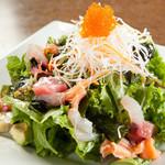 AJITO - 海鮮とアボカドのサラダ