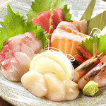 AJITO -  魚河岸からお刺身ajito大量盛り