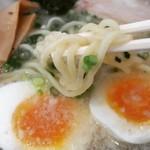 小鉄 - 料理写真:太麺