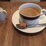 ラヴィンニュアターブル - コーヒー