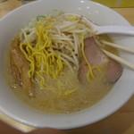 八乃木 - みそラーメン750円芸術的な味