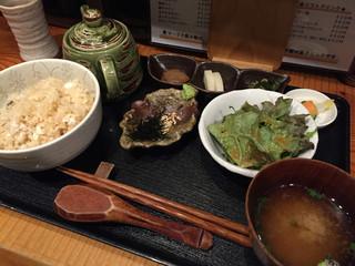 旬味 菜野 - 絶品鯛めし(930円)
