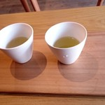 かねき伊藤彦市商店 - ドリンク写真:お茶