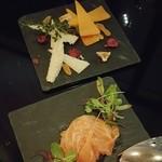 63447048 - チーズの盛り合わせの盛り付けがかわいい