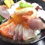 水産食堂 - 海鮮丼 950円