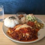 ブルームーン ダイナー - 自家製味噌の煮込みハンバーグ定食
