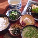 大黒屋 - 麦とろメカジキ焼定食