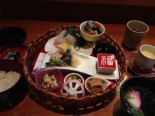 味のおもてなし 浜 - 丸篭なごみ御膳 1500円 → 1000円 (ランパスvol.8提示)