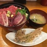 又こい家 - 恵丼1080円&マグロの唐揚げ100円