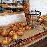 たてしな自由農園 808 Cafe - 焼き立てフランスパンや食パン