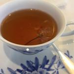 サロン・ド・テ ロザージュ - 桜の紅茶