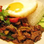 タイ居酒屋ダイニング ロータス - 鶏肉のバジル炒めライス
