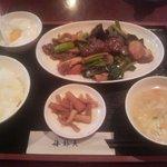 6347540 - (1/6)牛肉のオイスター炒め