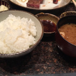 六角堂 - ご飯と味噌汁