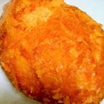 ベーカリーダイニング - メロンパン 国産小麦のくるみパン ビーフカレーパン