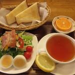 くまの茶房 - 料理写真:モーニング Aセット 550円 (2017.3)