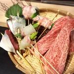 炭火・焼鳥 鶫 - 阿蘇の赤牛や糸島豚、季節を感じる鮮魚を炭火で焼き上げます