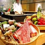 炭火・焼鳥 鶫 - お肉はもちろん鮮魚や旬菜には四季を感じる物を厳選!