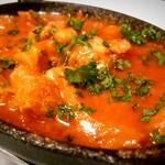 ラザーニャ・ラザーニャ - トリッパと牛スジ肉、白いんげん豆のトマト煮込み