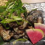 完全個室の地鶏専門店 一鳥 新橋赤レンガ通り - 鶏の炭火焼き(小)