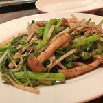 鉄板中華 福華 - 青菜の黒ゴマ塩炒め