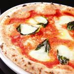 ラグシス - マルゲリータピザ