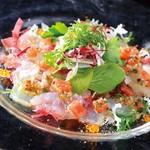 ラグシス - 本日入荷の鮮魚のカルパッチョ